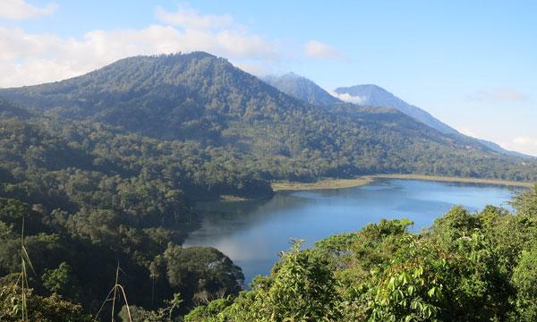 Nggak Melulu Pantai, Coba Explore 7 Jalur pendakian di Bali