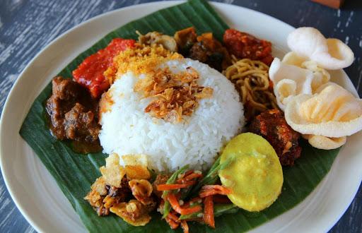 10 Kuliner Indonesia dengan Nama Unik Yang Mulai Bikin Otak Ngeres hingga Ketawa Guling-Guling