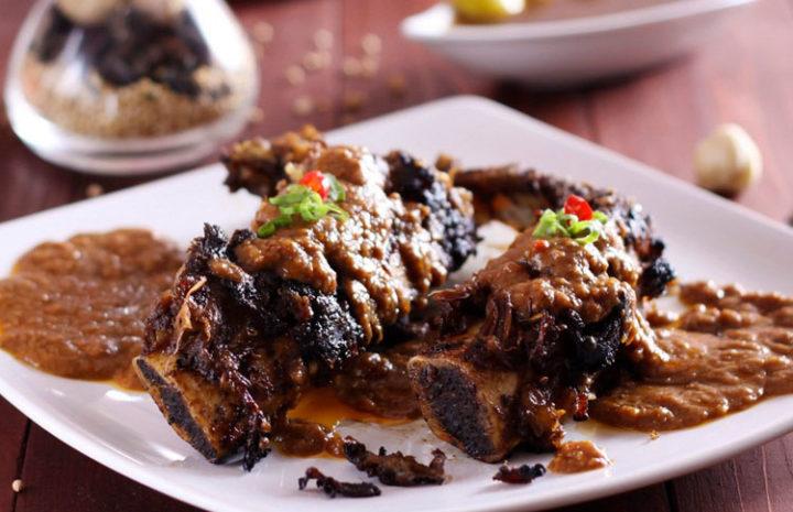 Pecinta Kuliner Wajib Coba 10 Kuliner Legendaris di Makassar 10 kuliner legendaris di makassar