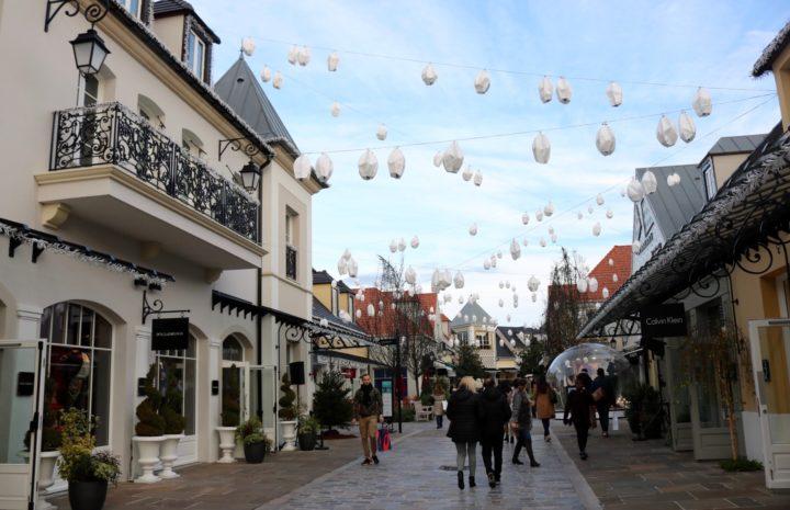 Belanja Oleh Oleh di 10 Tempat Belanja Terbaik di Eropa