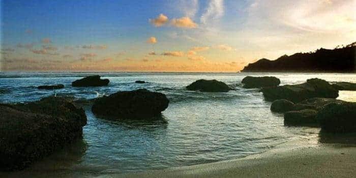 10 Pantai Keren di Pacitan, Keindahannya Nggak Kalah Sama Bali, lho 10 Pantai Keren di Pacitan