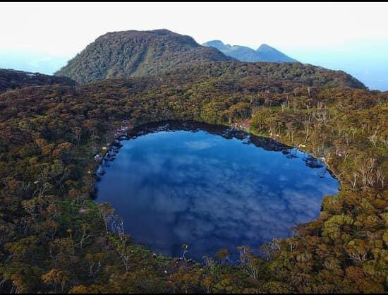 10 Gunung Pendakian di Sumatera, Keindahannya Luar biasa 10 Gunung Pendakian di Sumatera