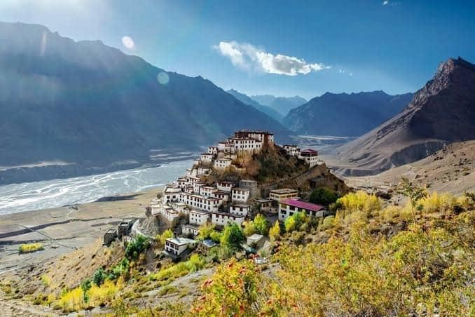 10 Lembah Terindah di India Tawarkan Keindahan Yang Luar Biasa 10 Lembah Terindah di India
