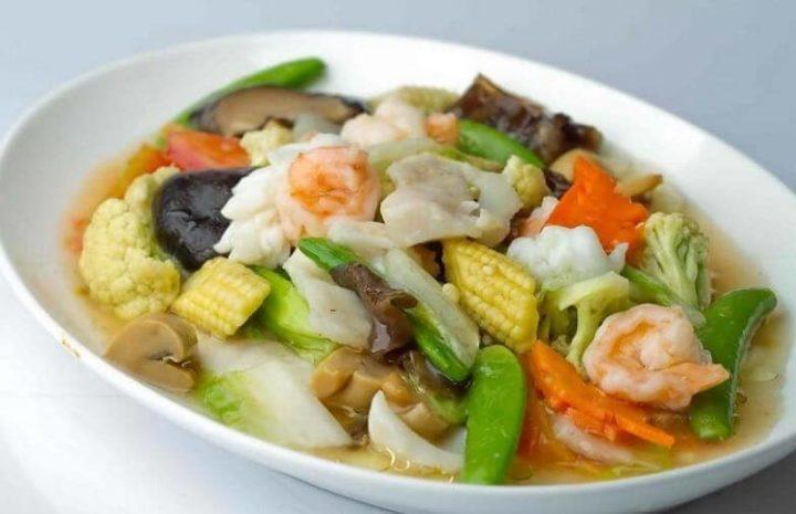 Ternyata 10 Makanan Indonesia Ini Dipengaruhi Kuliner Tiongkok Lho