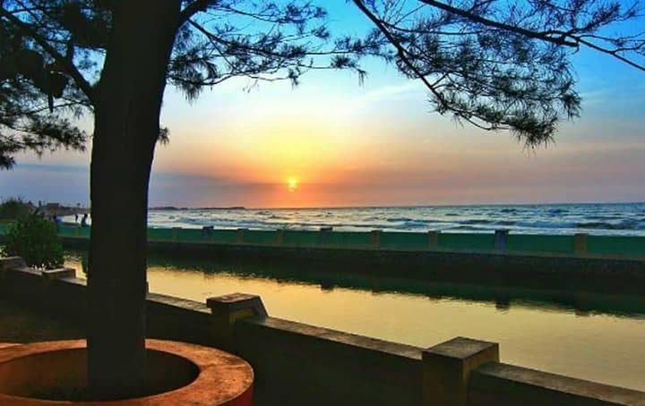 Liburan Berkesan di 8 Wisata Pantai di Pekalongan
