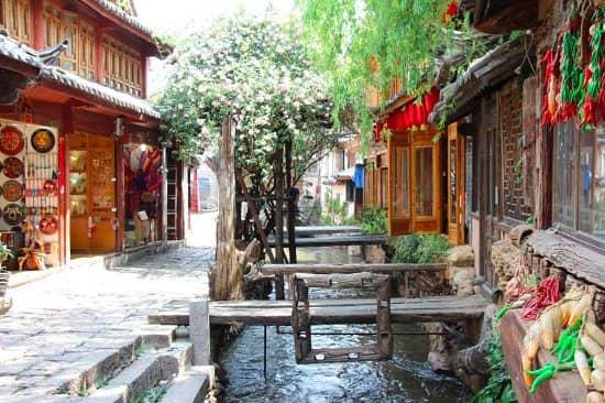 Jalan jalan ke Tiongkok? Jangan Lewatkan 10 Tempat Wisata di Chengdu