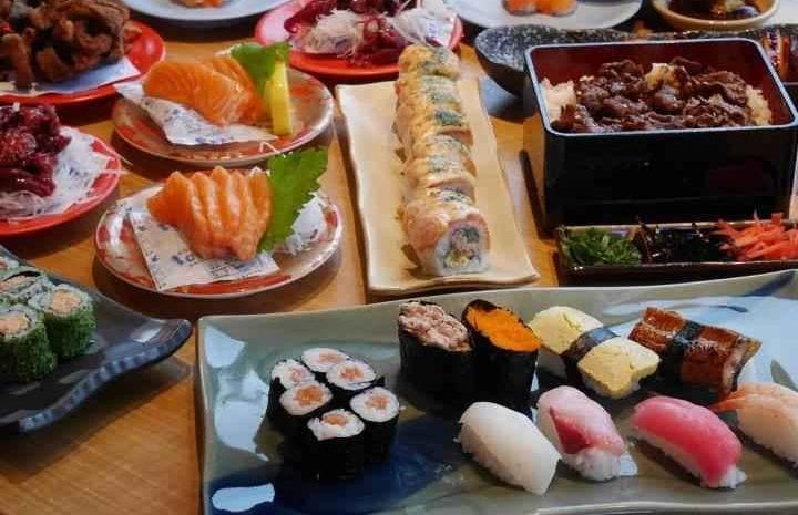 Restoran Jepang ini Tawarkan 10 Sushi Enak di Surabaya